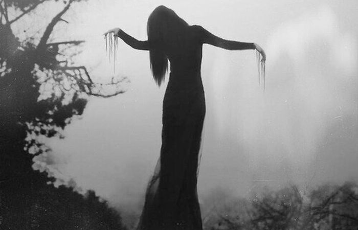 black-and-white-darkness-death-girl-favim-com-1898591